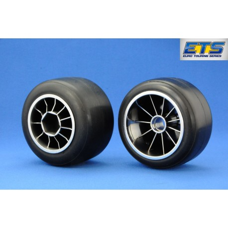 Ride RI-26030 F104 Pre-glued Rubber Front 61mm Tires, XR High Grip Compound